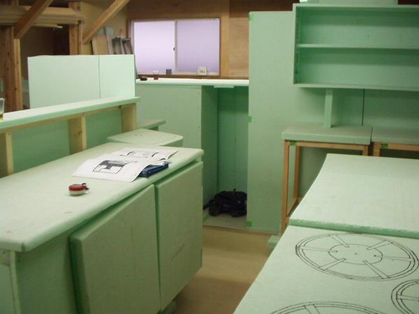 RIC模型工房 実物大模型工房の内装?外観画像