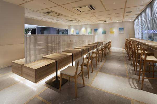 nana's green tea天神ソラリア店 和カフェの内装?外観画像