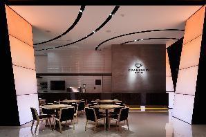 Mercedes-Benz Connection #3 ショールーム?カフェの内装?外観画像