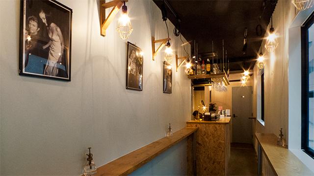 サケスタンド 日本酒スタンディングバーの内装?外観画像