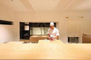 ニホンリョウリ フジイ 日本料理の内装?外観画像