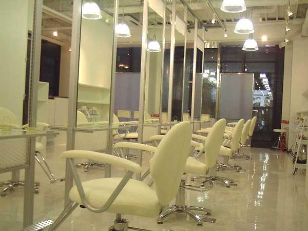 DADA Hair Salon 福岡店