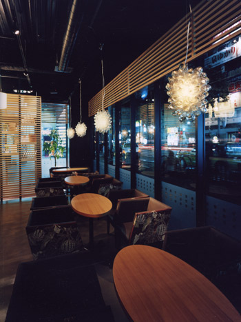 Cafe the Launch 中州店