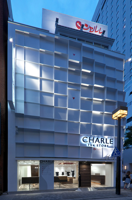 CHARLE The STORE アパレルの内装・外装画像