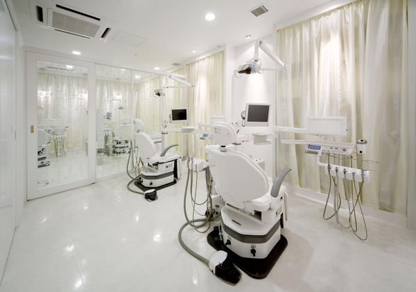 OCEAN'S DENTAL CLINIC